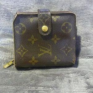 🌟SALE🌟 Authentic Louis Vuitton Monogram Wallet